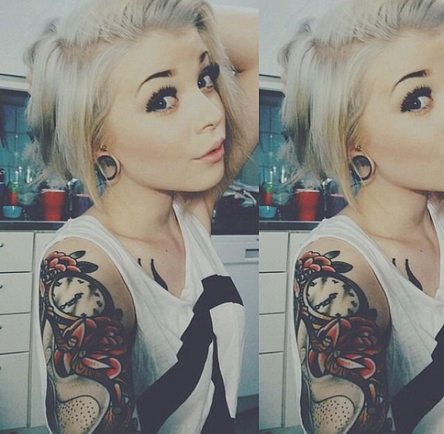 Cant wait till i can dye my hair platinum like this. Already have the cut. The gauges would be nice too..and the sleeve.