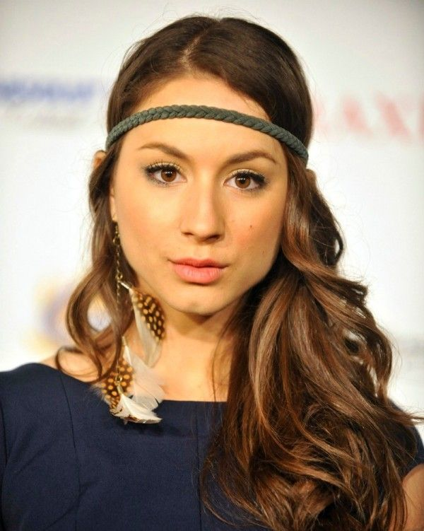 Troian Pratt-Bellisario is well known for her main role as Spencer Hastings in Pretty Little Liars, but it is not well known that her mother is Deborah Pratt, a celebrated African-American actress, novelist and award-winning television producer.