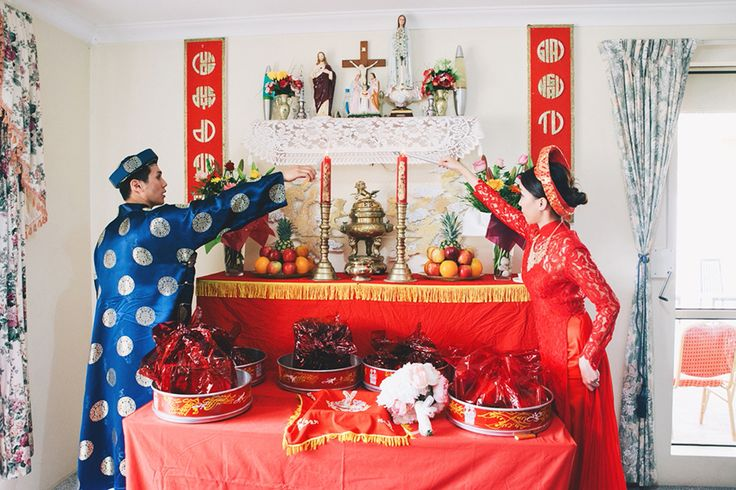 Chris and Jenna's Traditional Vietnamese Wedding Ceremony www.snapshots.com/weddings