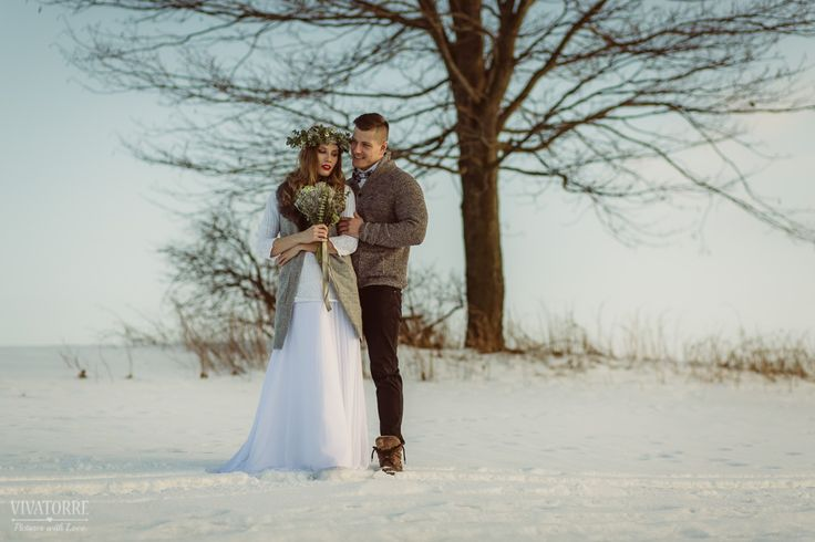 Zimowa Sesja Ślubna Zakopane | Plener Ślubny | Sesja Plenerowa | Zima | Śnieg | Wianek | Zdjęcia Nocne | Sanie | Zaprzęg | Konie | Tatry | Góry
