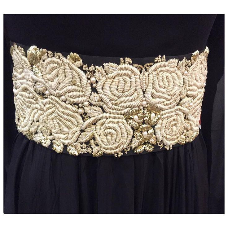 The gorgeous details of our classic belt !  #bhumikasharma #indiandesigner #indianwear #statement #style #leather #oversizedbelts #bridesofindia #black #threadwork #embroidery