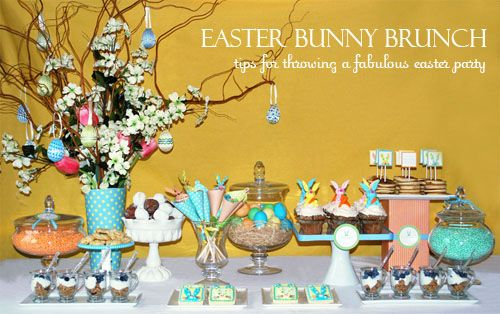 Tips for throwing a fabulous Easter Bunny Brunch! #easter: Easter Parties, Brunch Tables, Sweet Tables, Spring Colors, Easter Bunnies, Bunnies Brunch, Easter Tablescapes, Desserts Tables, Easter Brunch