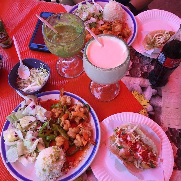 En tu visita a #Ensenada #MiAlmaGemela recorre el Mercado Negro, donde encontrarás una gran variedad de pescado fresco, ademas de restaurantes para comer unos deliciosos taquitos de pescado, coctel de camarones, tostadas y más 😍 #BajaCalifornia #DiscoverBaja #DescubreBC #México #BajaMexico #FoodTime #Coctel #Camarones #Tostadas #MercadoNegro #Summer #Verano Conoce más lugares visitando: www.descubreensenada.mx  Aventura por youknowhernan