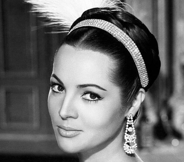 Sara Montiel | Actrices del Cine De Oro Mexicano | Pinterest