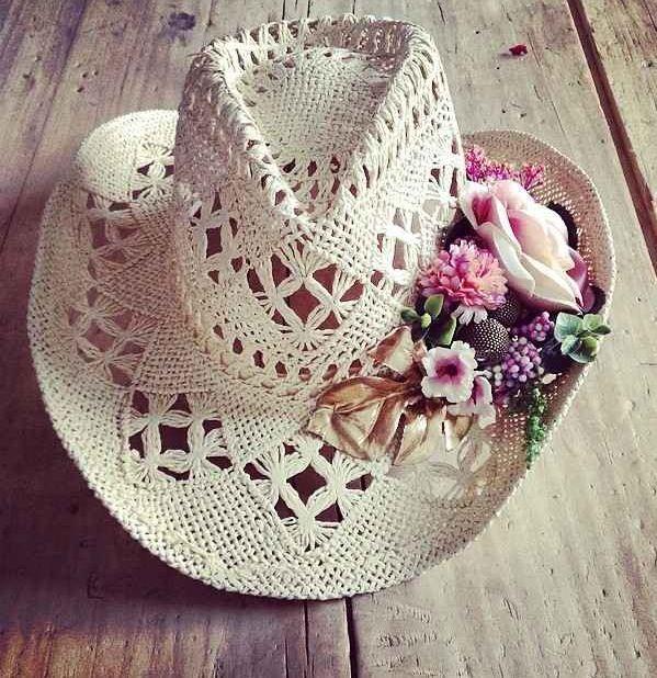 Summer hat. Un sombrero especial para los días de playa by Monikmo.