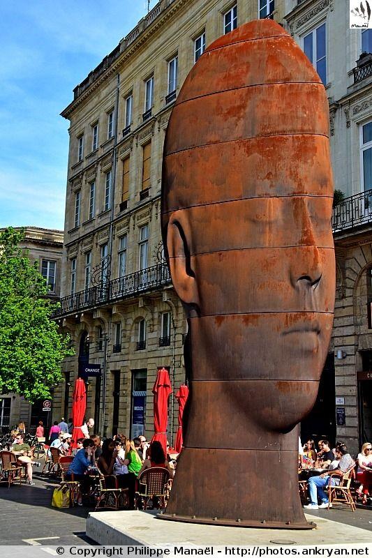 """""""Sanna"""", une des 7 figures féminines spécialement créées pour Bordeaux par Jaume Plensa (Aquitaine, Gironde)"""