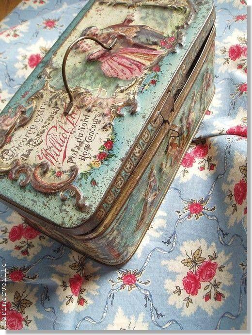 .fancy tin box