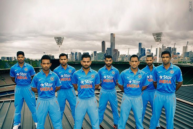 New-dress-of-Indian-Cricket-Team-for-World-cup-2015