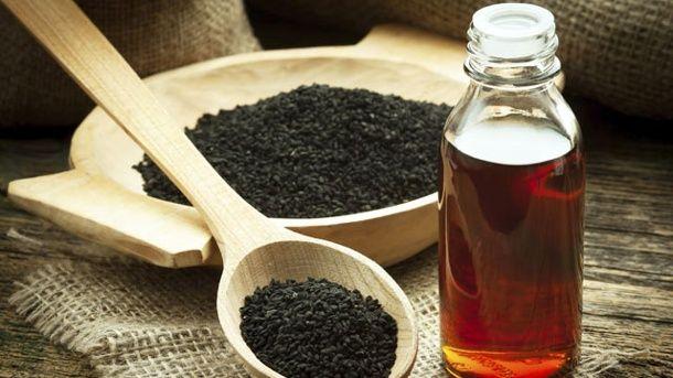 Das Nutzen der Schwarzkümmelöl ist von Wissenschaftler umstritten. (Quelle: Thinkstock by Getty-Images)