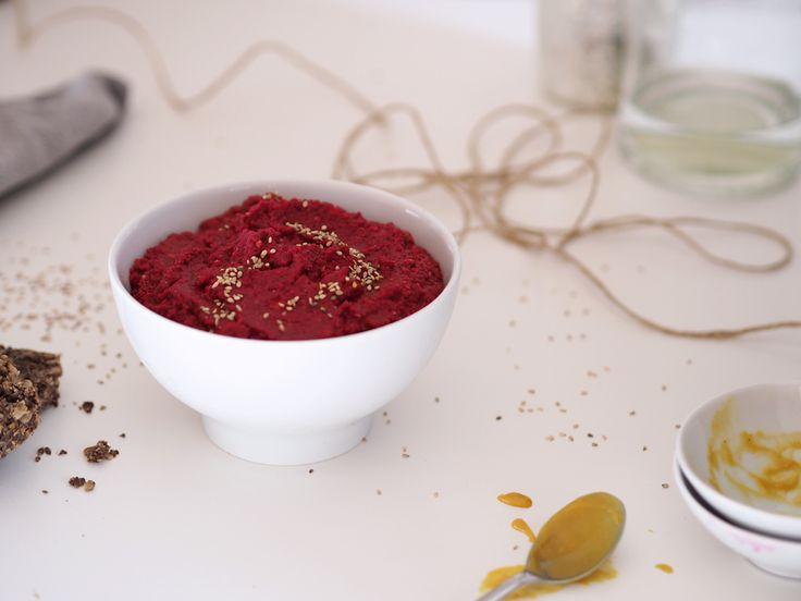 Rote Beete Hummus eisanehaaltig-brotaufstrich-vegan-foodblog-subvoyage-eiweishaltig