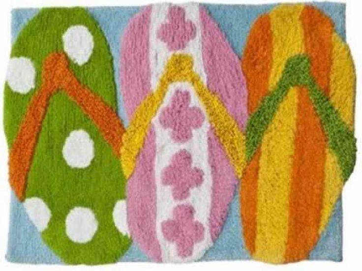 Tropical Bath Rug ~ http://modtopiastudio.com/choosing-the-tropical-bath-rugs-to-decorate-the-bathroom/