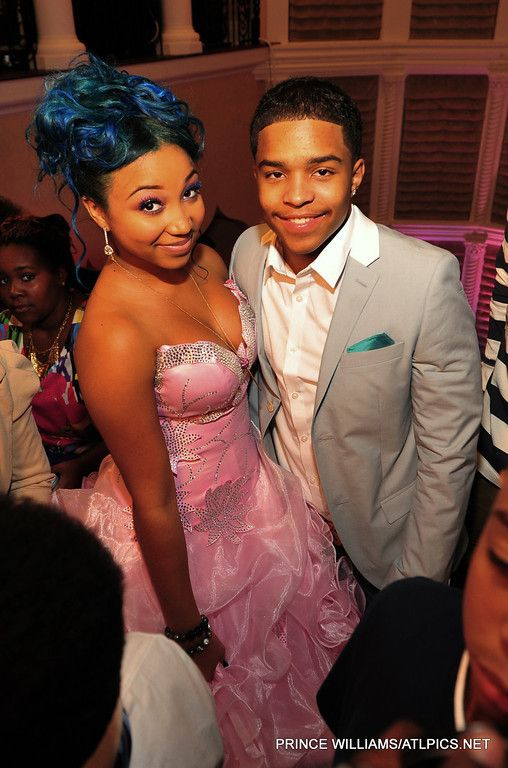 Tiny and Ti Daughter OMG Girlz | Tiny's Daughter Zonnique Turns SWEET 16 With T.I., Diggy Simmons ...