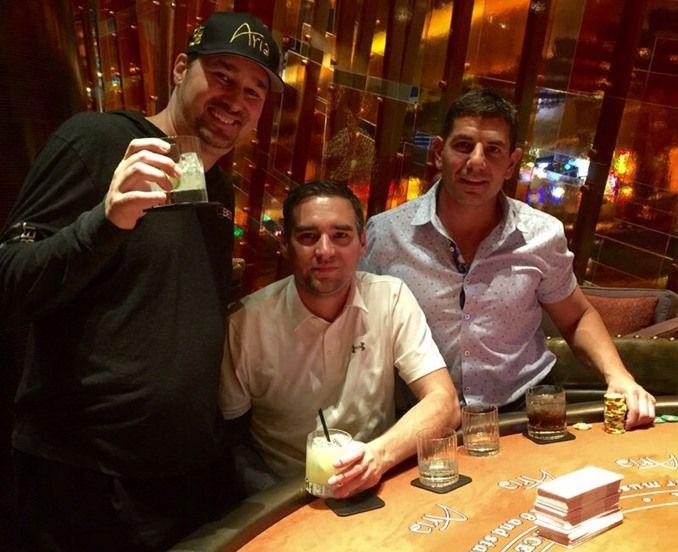 Phil Hellmuth out da due tornei Wsop in 40 minuti: sbronza e tilt all'Aria Casino