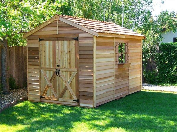 Made From Wooden Pallets   Build DIY Wood Pallet Shed   Pallet Furniture DIY. 27 best Sheds images on Pinterest   Pallet house  Pallet ideas and