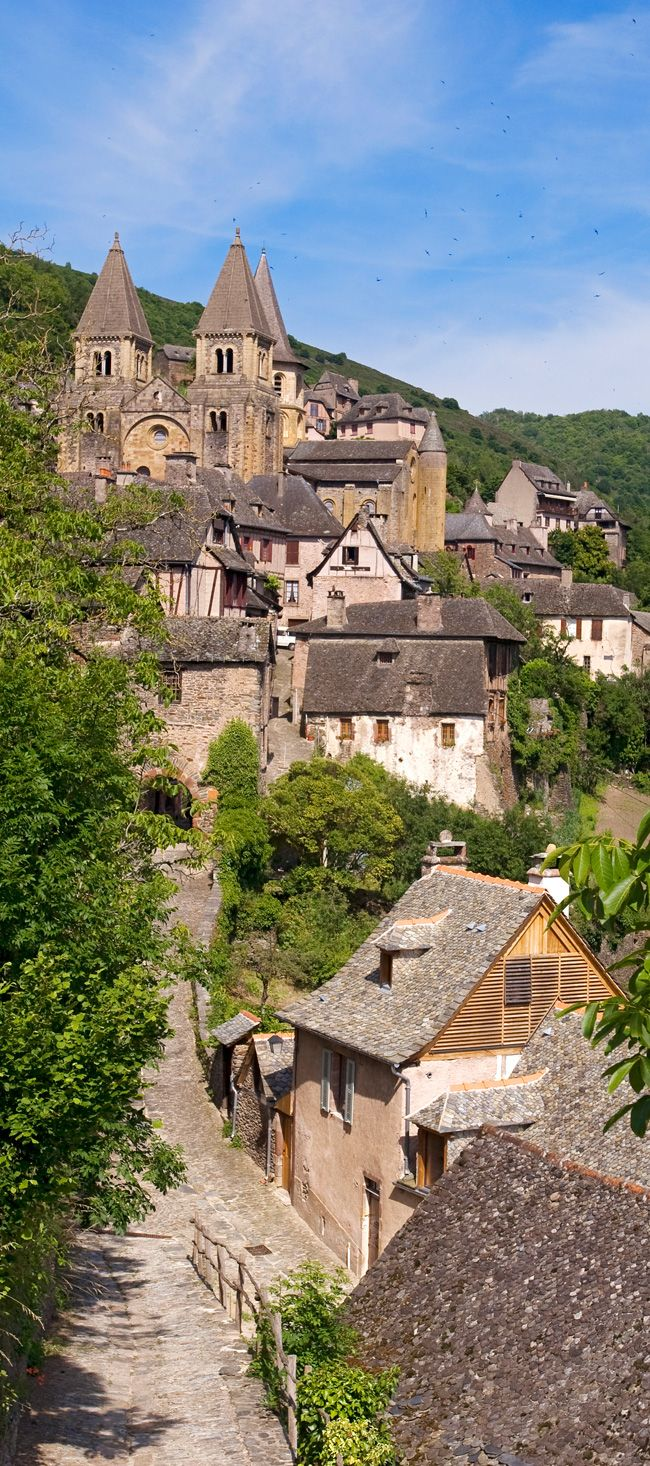 Abbaye Sainte Foy de Conques, Aveyron. I bet this scene has looked just like this for the past 500 years