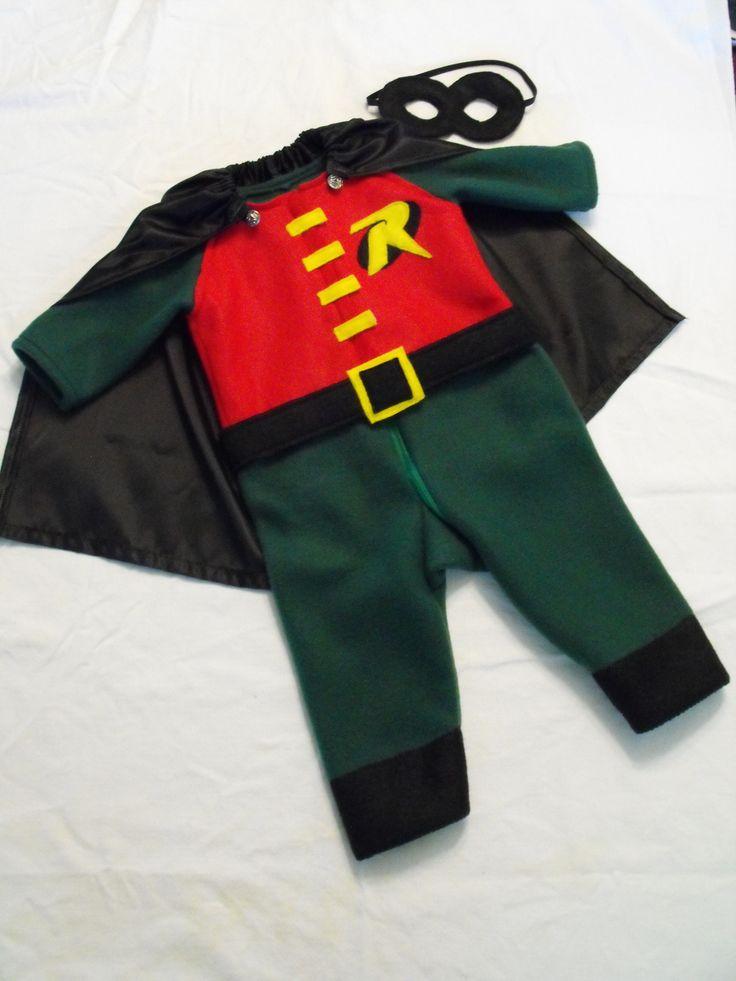 Baby Robin costume at www.christinetrevino.com