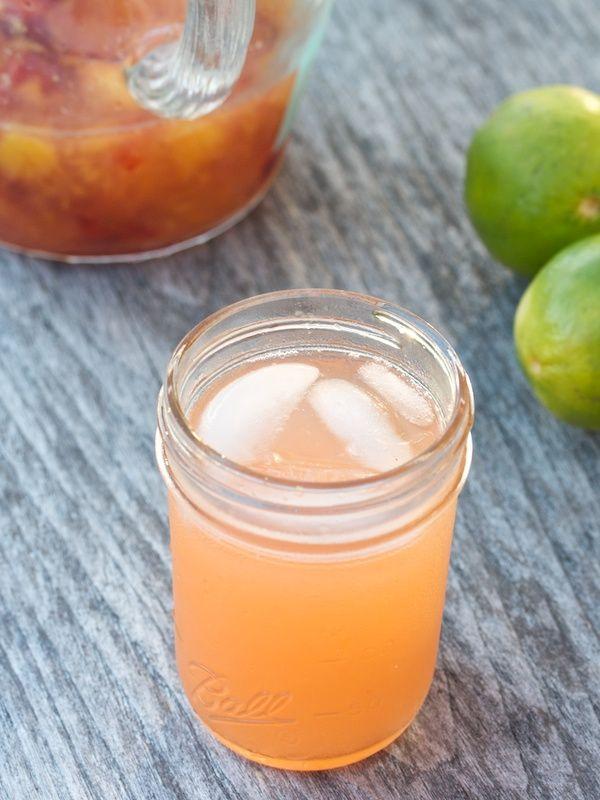 Peach Limeade #summerfest: Limeade Recipes, Small Kitchens, Peaches Lemonade, Foodili Tastemak, Peaches Limeade, Cold Drinks, Big Girls, Fresh Peaches, Easy Peaches