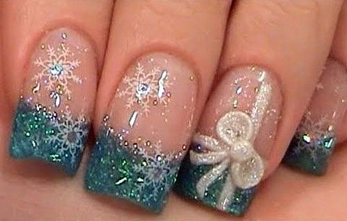 blue christmas nail art