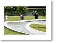 Princess Diana Memorial Fountain and Playground - Hyde Park. April - August: 10.00 - 20.00 September: 10.00 - 19.00