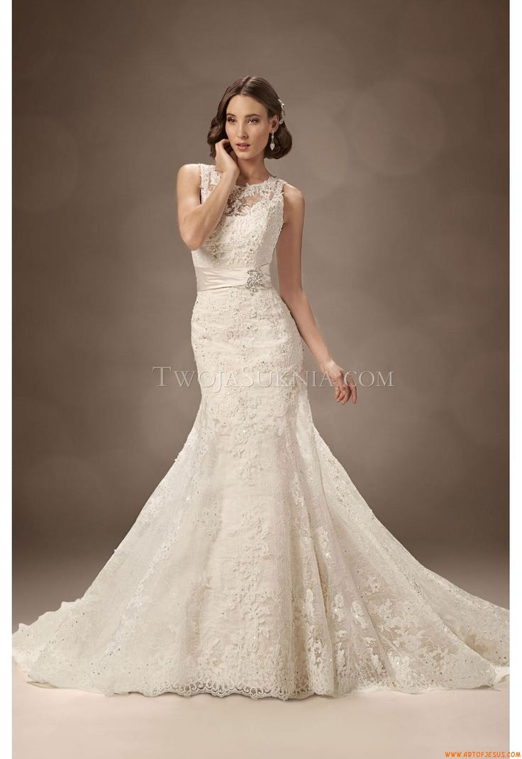 Lace Wedding Dresses Newcastle : On trumpet short prom dresses and red