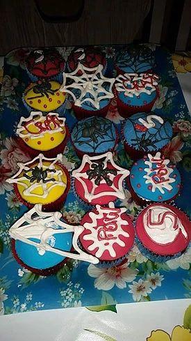 sukielanzafestas | Cupcakes Spider man cupckaes homem aranha teia