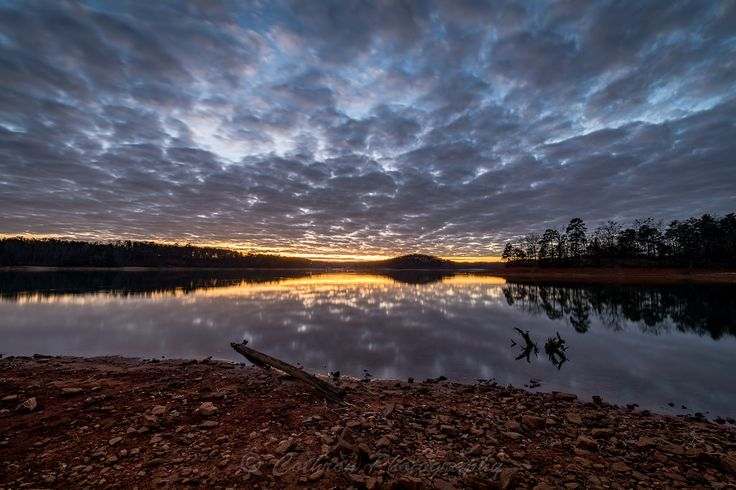 https://flic.kr/p/SiViNF | Sunset Bolding Mill | This image was taken at Bolding Mill Campground just after sunset.  Bolding Mill Park is located in Hall County, GA on the northern end of Lake Lanier.  It has a lot of amenties including a beach, campground, fishing, boat ramp, restrooms, as well as hiking trails.  It is somewhat off the beaten path and I would consider it a hidden gem.    If you are interested in licensing any of my images, please feel free to contact me via email…