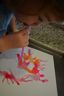 Painting through straws - Re-pinned by @PediaStaff – Please Visit http://ht.ly/63sNt for all our pediatric therapy pins