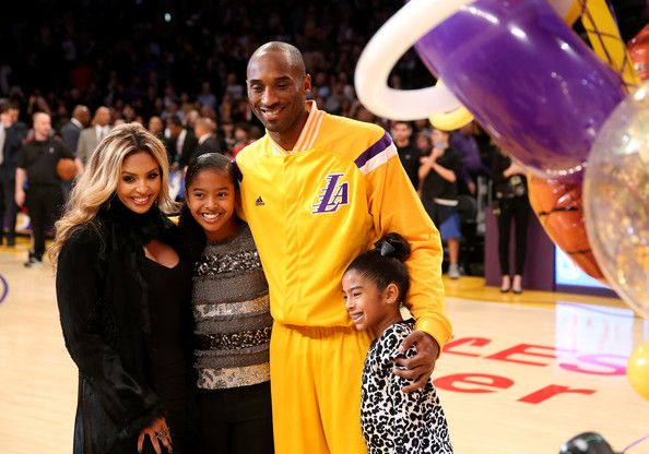 Kobe Bryant Photos: Oklahoma City Thunder v Los Angeles Lakers    In This Photo: Kobe Bryant, Vanessa Bryant, Natalia Bryant, Giana Bryant