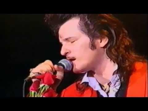 Willy DeVille ~ I Must Be Dreaming ~ Live 1993 @ Olympia Theatre in Paris - YouTube