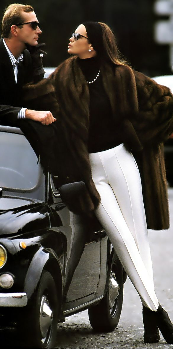 loving those white tight pants in Winter w/a fab fur! (faux fur of course!)