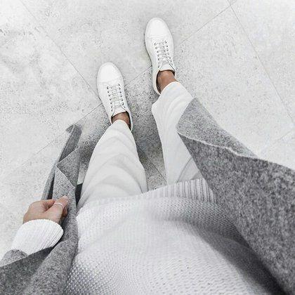 Λευκό + γκρι: Ο αγαπημένος μας πιο soft συνδυασμός | μοδα , street style | ELLE