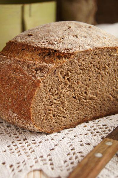 Увидела этот хлеб у Ирины saharisha, и никак не смогла пройти мимо эдакой красоты . Ну, не равнодушна я к хлебу... Потребуется: 270 г. пшеничной цельнозерновой (обойной)…