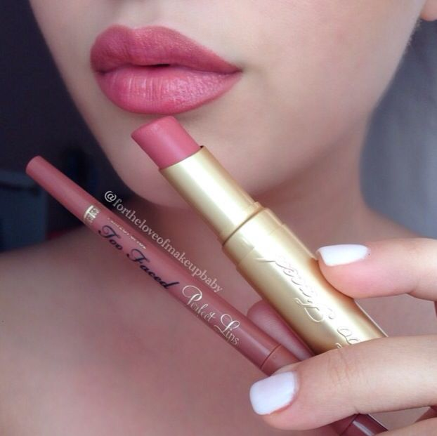 Perfect Lips long-lasting lip liner is part of Too Faced's premium line. With awards from and wide acclaim, Perfect Lips is essential for any glamour gal's beauty collection with nudes, neutrals and colorful shades. Too Faced.