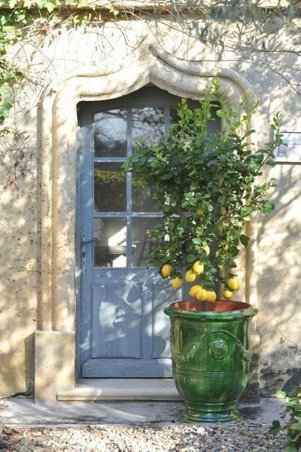 Vase d'Anduze Tradition couleur vert émaillé D.46xH.55cm - Poterie de la Madeleine