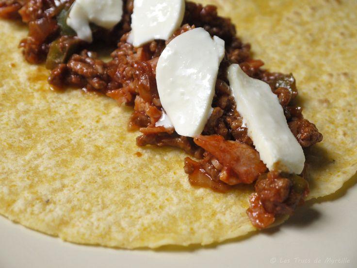 Je n'ai toujours pas compris la différence entre burritos, enchiladas et fajitas, mais pour un 1er essai de tortillas de maïs  au four, c'ét...