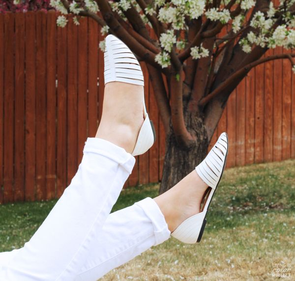 Casual White #DSWShoeHookup #PintoWin