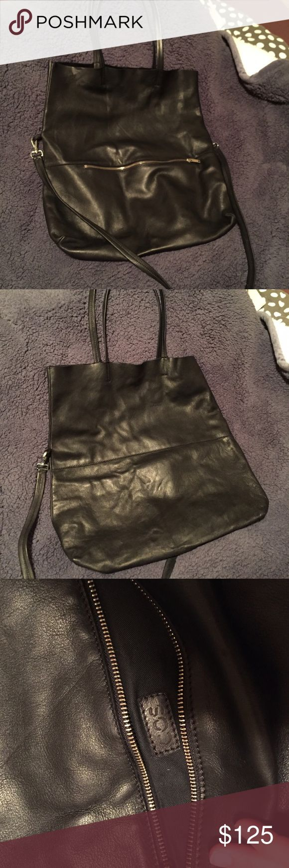 COS leather tote Super roomy tote that fits all your work essentials. 100% leather. Gently used. COS Bags Totes