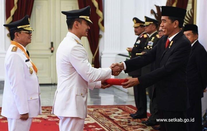 Inilah Gubernur dan Wakil Gubernur yang Dilantik Presiden di Istana