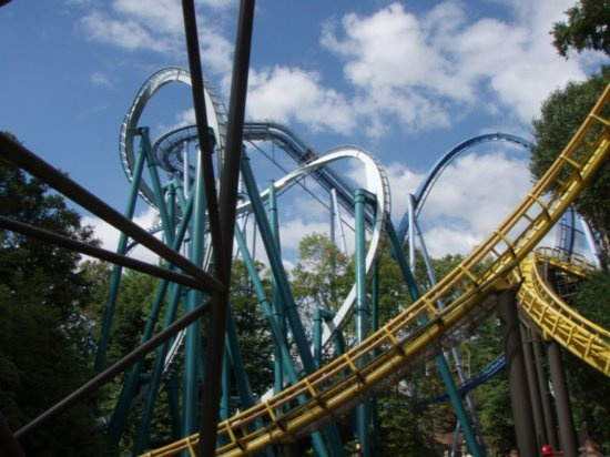 17 best images about roller coasters on pinterest roller - Roller coasters at busch gardens ...