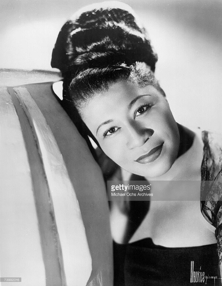 Photo d'actualité : Jazz singer Ella Fitzgerald poses for a portrait...