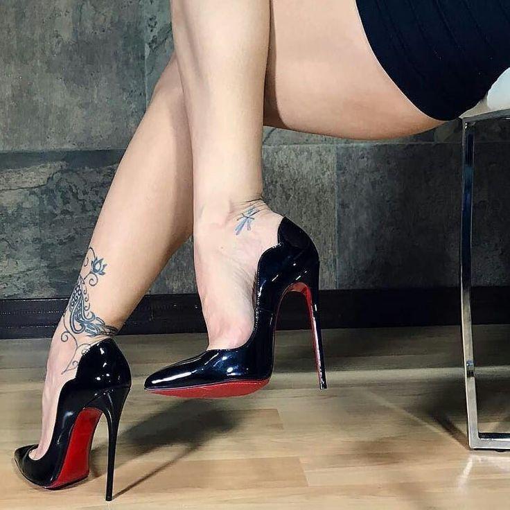 "118 Likes, 3 Comments - ❤❤❤❤ of high heels (@lovehighheelsforever) on Instagram: ""#babeinblack #blackheels #loubotins #pointyheels #redsoles #smokinghotbabe #sexylegs…"" #stilettoheelsstilleto #blackhighheelsstockings"