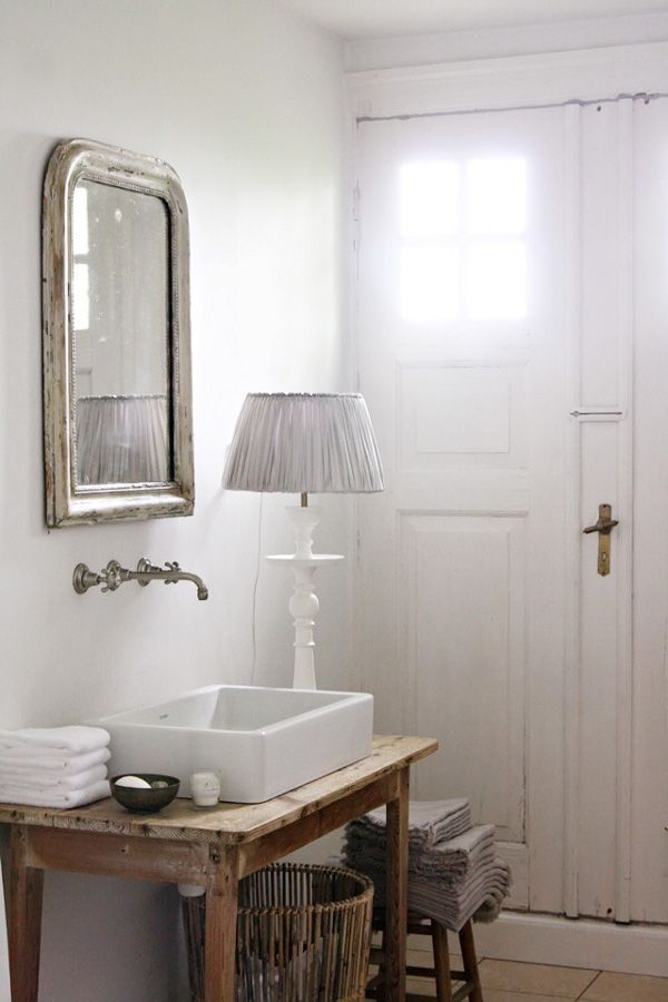 Lovely bathroom basin set in to table