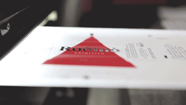 Rodinò - Conti Zecca | Wine Label on Packaging of the World - Creative Package Design Gallery