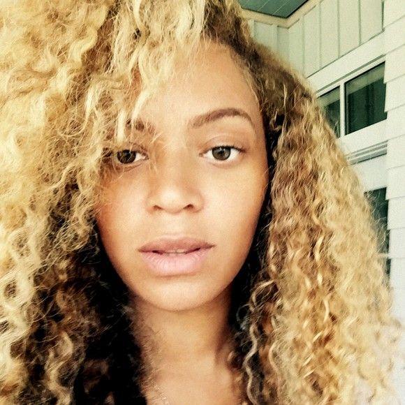 Flawless! Beyonce Shares Makeup-Free Selfie From Bikini-Clad Vacation - Beyonce.com/.