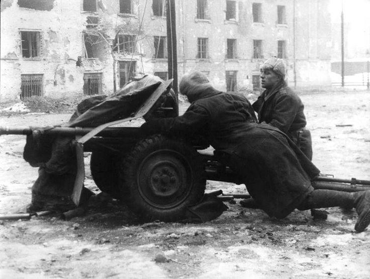 1944, Cannon Romanian anti-armor in Budapest