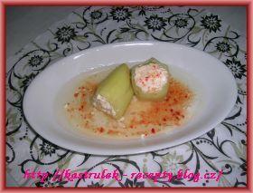 Plněné papriky balkánským sýrem v oleji