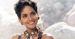 30 Pictures of Young Halle Berry
