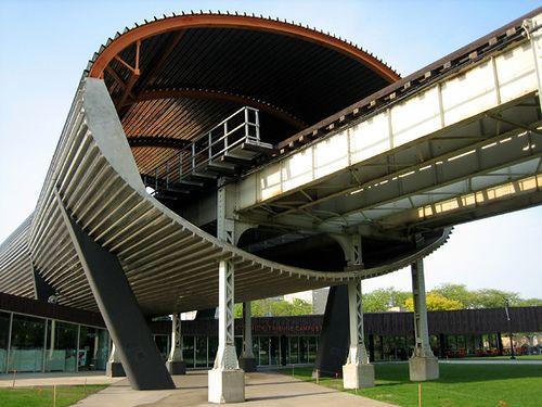 IIT Chicago Train Tracks - Rem Koolhaas