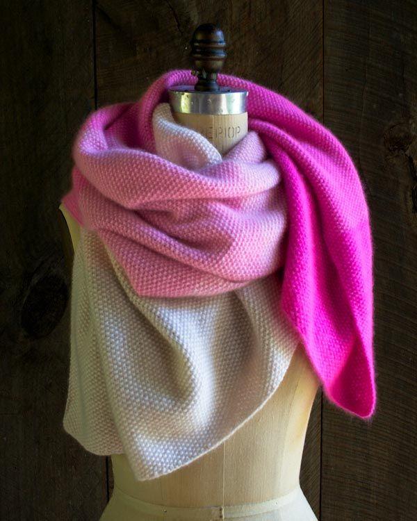 Wunderschön! Schal, Tuch, Stricken, Wolle in verschiedenen Farbabstufungen