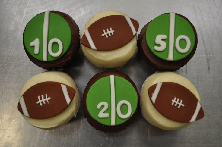 Football Birthday Party: Blue Cupcakes, Cakes Ideas, Birthday Parties, Party Cupcakes, Google Search, Parties Ideas, Parties Cupcakes, Football Cupcakes, Birthday Ideas